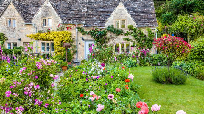 Sensational The Ultimate Guide To Cottage Gardens My Garden Matters Download Free Architecture Designs Viewormadebymaigaardcom